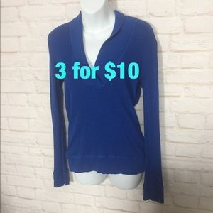 American Eagle Outfitters vneck thermal XL